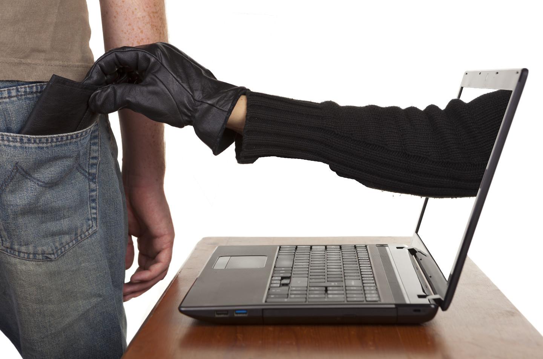 apa itu cybercrime dan pelanggaran hukum dunia maya - rio bermano