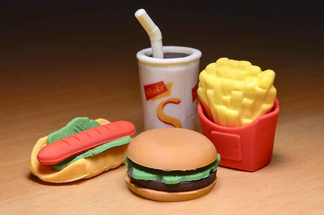 contoh makanan junkfood akibat konsumsi junk food - posciety