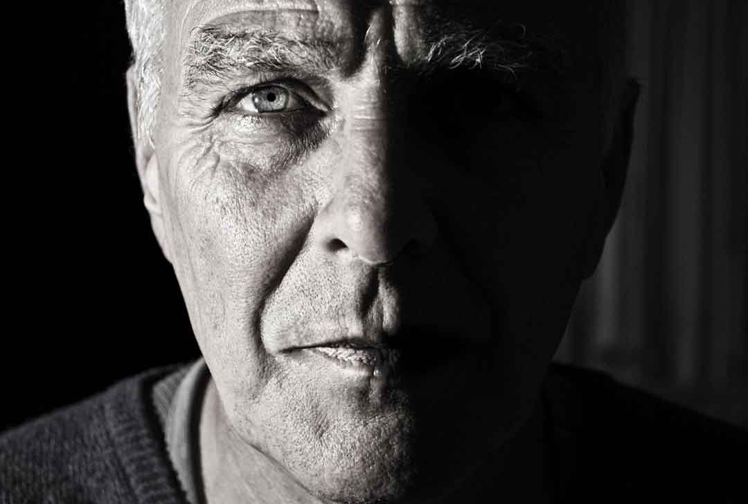 menjaga kesehatan keindahan mata sampai tua - posciety